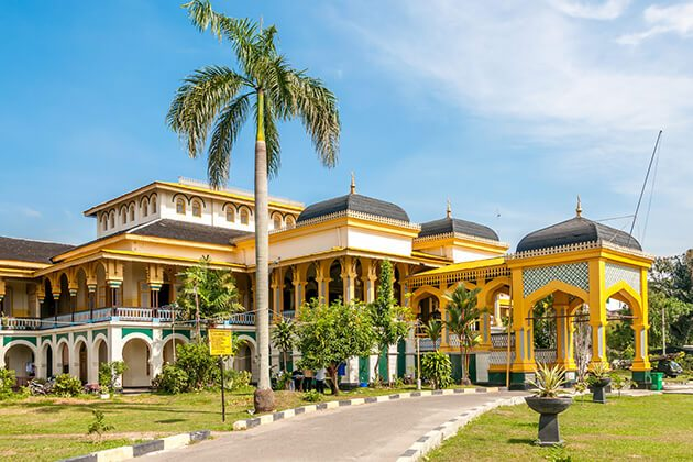 Deli Sultan Palace - historical site for indonesia tour packages