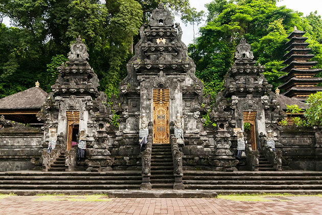 Goa Lawah Temple - first attraction for bali tour