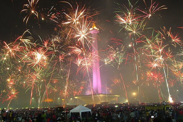 Indonesia new year is one of the main public holidays in indonesia