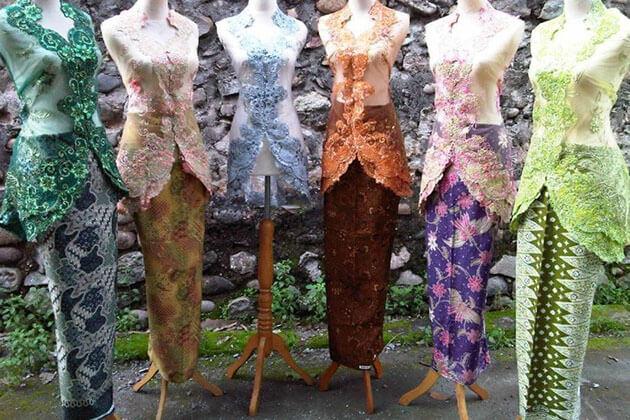 Kebaya - Indonesia traditional costume
