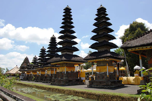 Meru Temple - attraction for lombok vacation package