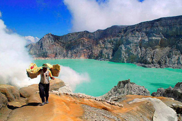 Mount Ijen - great destination for indonesia adventure tours