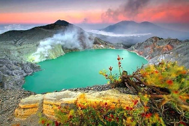 Mount Ijen - highlight of yogyakarta vacation