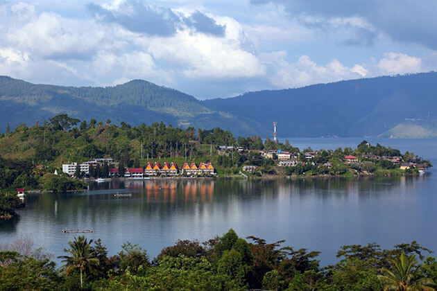 Samosir island - attraction for sumatra vacation package
