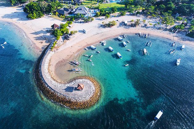 Sanur beach - indonesia luxury travel