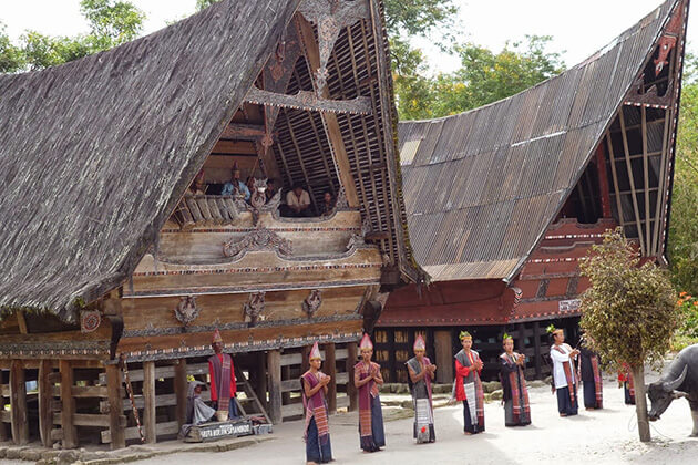 Pandai Sikek Village - sumatra tour package