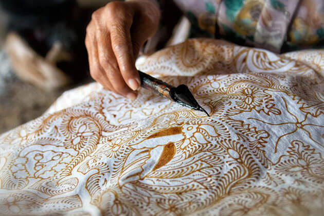 batik fabric - the best souvenir from indonesia