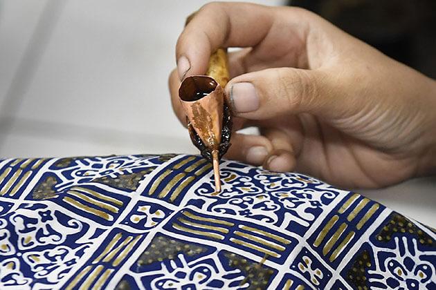 batik - indonesia traditional dress