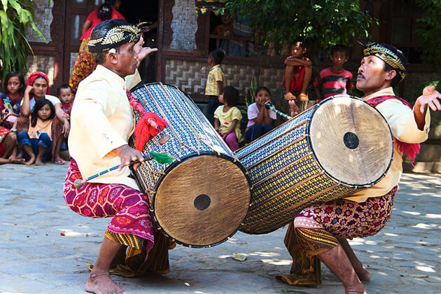 explore Sasak Culture - great thing to do in indosia