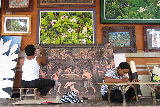 handicraft village in ubud - intersting destination to visit in indonesia honeymoon package
