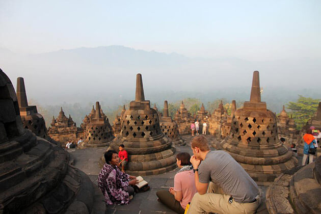 java travel - best time to visit indonesia