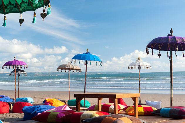 kuta beach relaxation