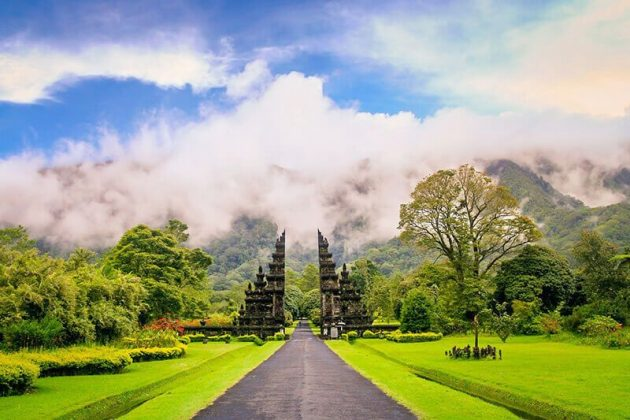 luxurious Indonesia Tours