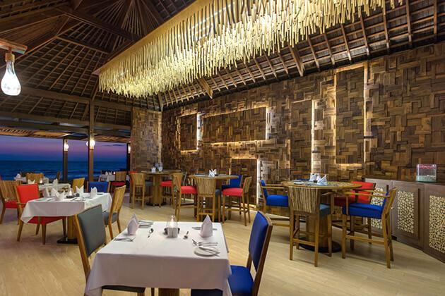 nightlife in indonesia -Secret Garden Restaurant