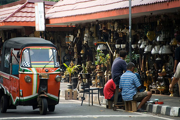 shopping in menteng - best thing to do in indonesia