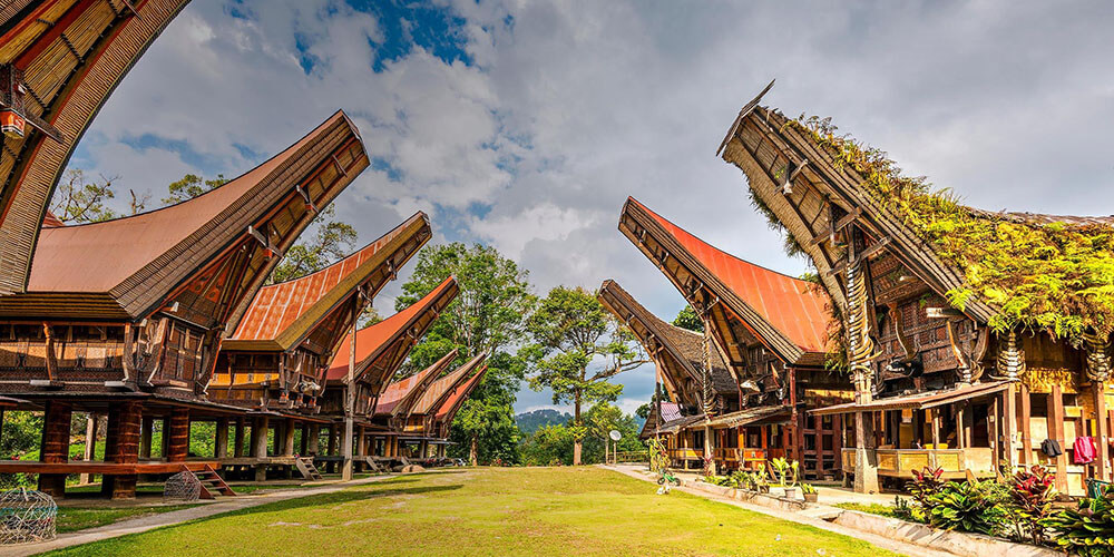 toraja house - indonesia classic tours