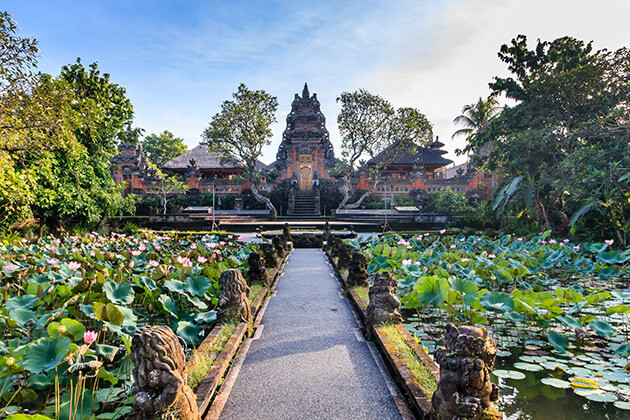 ubud palace - attraction for indonesia luxury travel